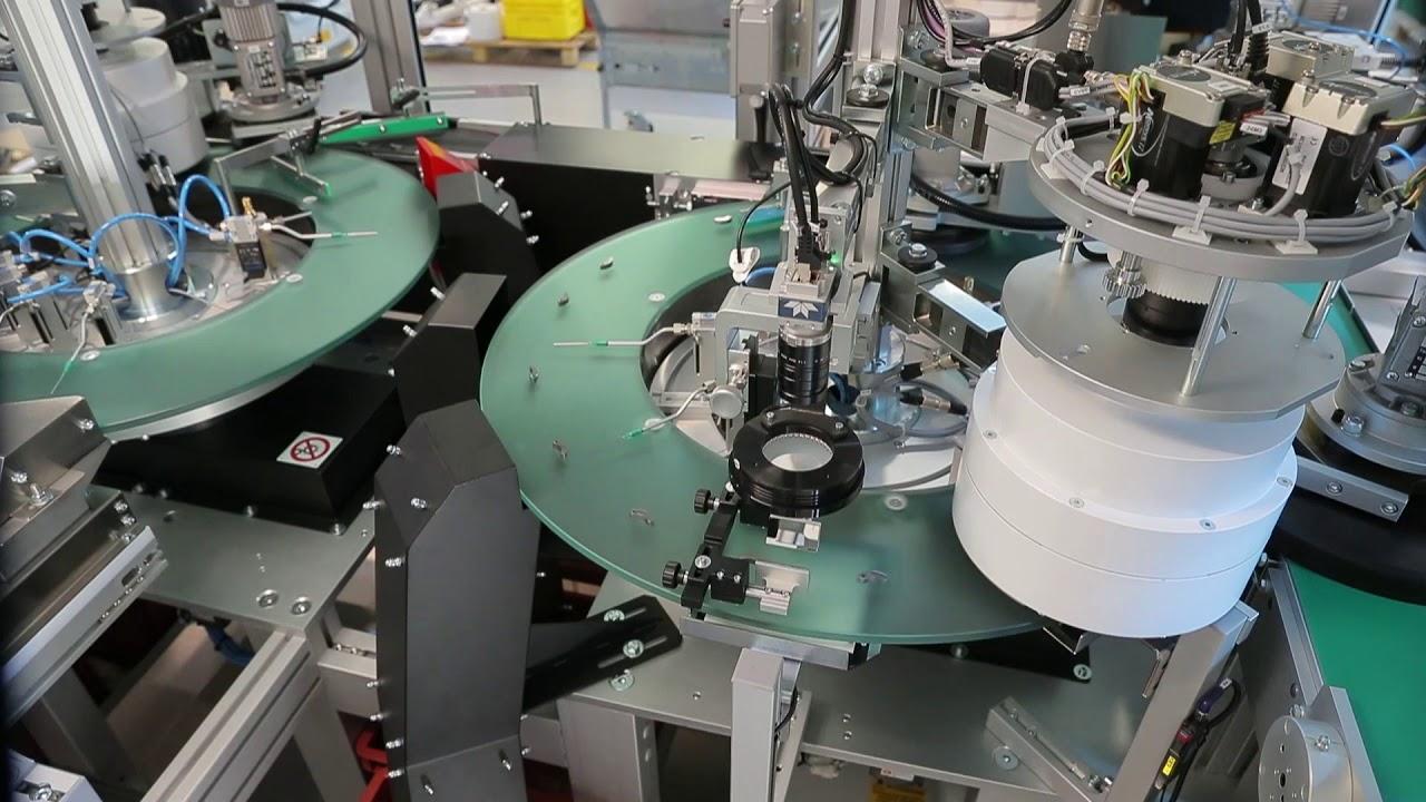 Pressa per stampaggio a iniezione